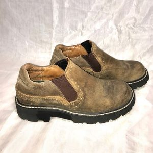 Ariat Womens distressed slip on shoes size 7 B